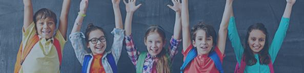 Titelbild DVS-Newsletter, jubelnde Kinder